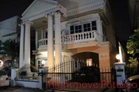 3 เตียง บ้าน สำหรับขาย ใน พัทยาเหนือ - Roman Grandville