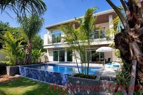 4 เตียง บ้าน สำหรับขาย ใน จอมเทียน - Tropicana Villa