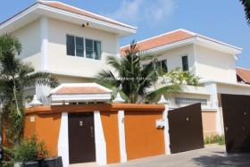 3 เตียง บ้าน สำหรับขาย ใน นาจอมเทียน - Avant Thai Bali