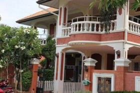 3 เตียง บ้าน สำหรับขาย ใน พัทยากลาง - Pattaya Lagoon