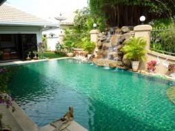 4 เตียง บ้าน สำหรับขาย ใน จอมเทียน - Jomtien Park Villas