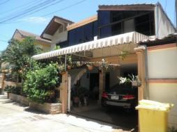4 เตียง บ้าน สำหรับขาย ใน พัทยากลาง - Not In A Village