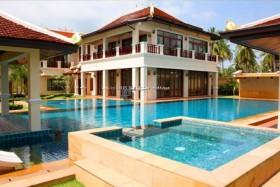 5 เตียง บ้าน สำหรับขาย ใน Phoenix - Nam Talay Oriental Villas