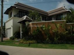 4 เตียง บ้าน สำหรับขาย ใน จอมเทียน - Not In A Village