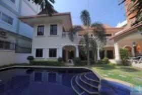 4 เตียง บ้าน สำหรับเช่า ใน พระตำหนัก - Royal Beach Villa