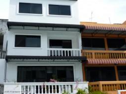 4 เตียง บ้าน สำหรับเช่า ใน พระตำหนัก - Not In A Village