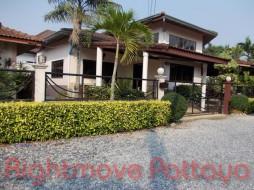 4 เตียง บ้าน สำหรับขาย ใน นาจอมเทียน - Hinvong