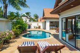 3 เตียง บ้าน สำหรับขาย ใน จอมเทียน - View Talay Villas