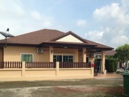 3 เตียง บ้าน สำหรับเช่า ใน พัทยาตะวันออก - Pattaya Tropical