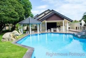 5 เตียง บ้าน สำหรับขาย ใน พัทยาใต้ - Holiday Garden Resort