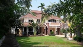 5 เตียง บ้าน สำหรับขาย ใน พัทยาตะวันออก - Central Pattaya Hillside