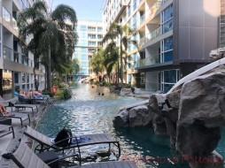 1 เตียง คอนโด สำหรับขาย ใน พัทยากลาง - Centara Avenue Residence And Suites