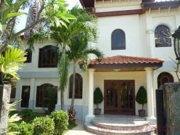3 เตียง บ้าน สำหรับขายและให้เช่า ใน พัทยาตะวันออก - Whispering Palms