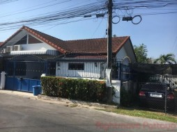2 เตียง บ้าน สำหรับขาย ใน พัทยาตะวันออก - Raviporn Village 2
