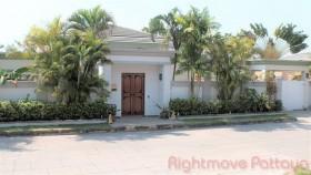 3 เตียง บ้าน สำหรับขายและให้เช่า ใน พัทยาตะวันออก - Siam Royal View