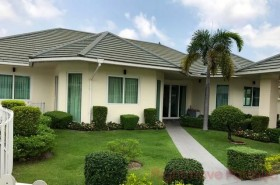 5 เตียง บ้าน สำหรับขาย ใน พัทยาตะวันออก - Greenfield Villas 4
