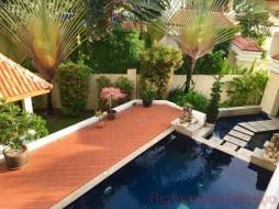 3 เตียง บ้าน สำหรับขาย ใน บางเสร่ - Talay Sawan Beach House