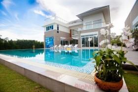 5 เตียง บ้าน สำหรับขาย ใน นาจอมเทียน - Baan Talay