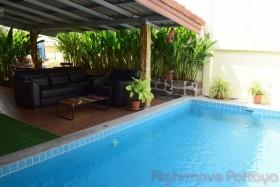 2 เตียง บ้าน สำหรับขาย ใน พัทยาตะวันออก - Pattaya Wadee
