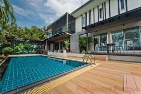 2 เตียง บ้าน สำหรับขาย ใน บางเสร่ - Ocean View Village