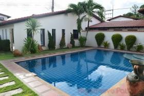 4 เตียง บ้าน สำหรับขายและให้เช่า ใน พัทยาตะวันออก - Mabrachan Garden