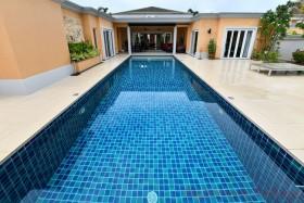 4 เตียง บ้าน สำหรับขาย ใน พัทยาตะวันออก - Siam Royal View