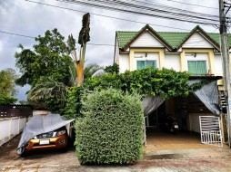 2 เตียง บ้าน สำหรับขาย ใน พัทยาตะวันออก - Ponthep Gardens 7