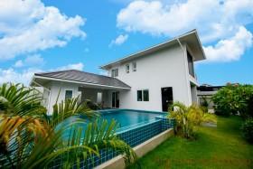 4 เตียง บ้าน สำหรับขาย ใน พัทยาตะวันออก - Greenfield Villas 6
