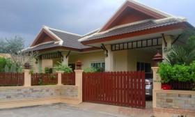 3 เตียง บ้าน สำหรับเช่า ใน พัทยาตะวันออก - Rose Land & House