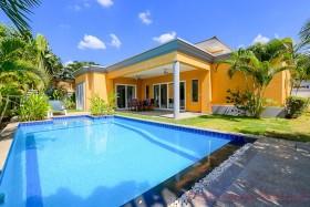 3 เตียง บ้าน สำหรับขาย ใน พัทยาตะวันออก - Siam Royal View