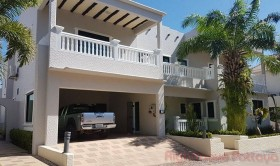 4 เตียง บ้าน สำหรับขาย ใน พัทยาตะวันออก - Santa Maria