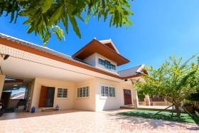 4 เตียง บ้าน สำหรับเช่า ใน พัทยาตะวันออก - Rose Land & House