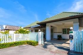 3 เตียง บ้าน สำหรับขาย ใน พัทยาตะวันออก - Greenfield Villas 3