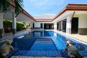4 เตียง บ้าน สำหรับขาย ใน บ้านอำเภอ - Baan Dusit Pattaya Park