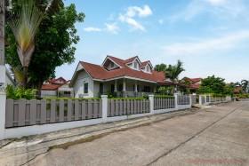5 เตียง บ้าน สำหรับขาย ใน พัทยาตะวันออก - Plenary Park Pattaya
